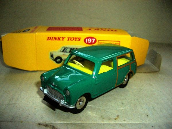Atlas Dinky 197 Morris Mini Traveller Green +  Cert MIMB
